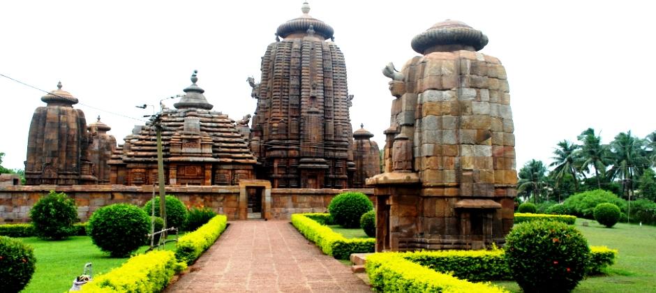 Puri – Cuttack – Bhubaneswar (220 km approx.)