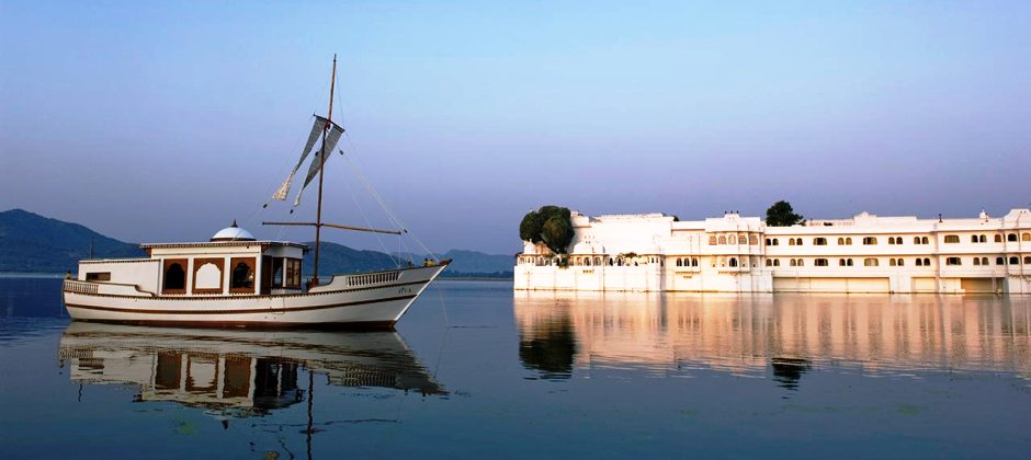 Udaipur: Boat Ride At Lake Pichola