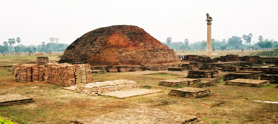 Patna:  Enroute Visit Vaishali - Kushinagar (270 Kms/6.5 Hrs)