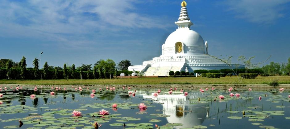 Kushinagar:  Enroute Visit Lumbini - Sravasti (270 Kms/6.5 Hrs )