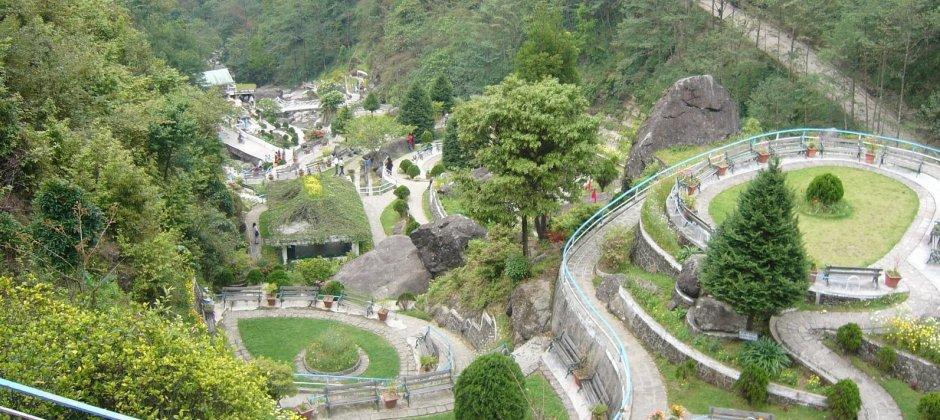 Arrive Darjeeling