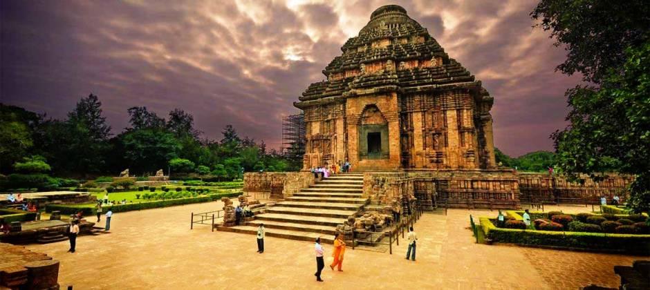 Puri: Visit Konark Sun Temple