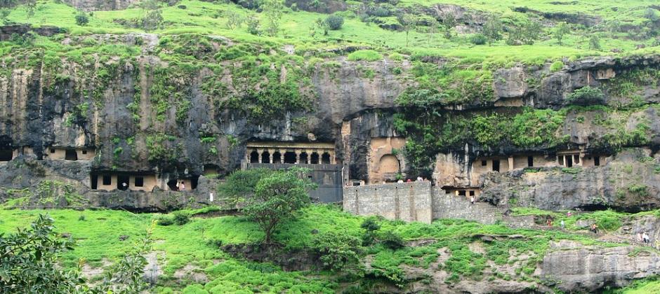 Pune: Vighneshwar & Girijatmtaj Vinayak Temple - Depart