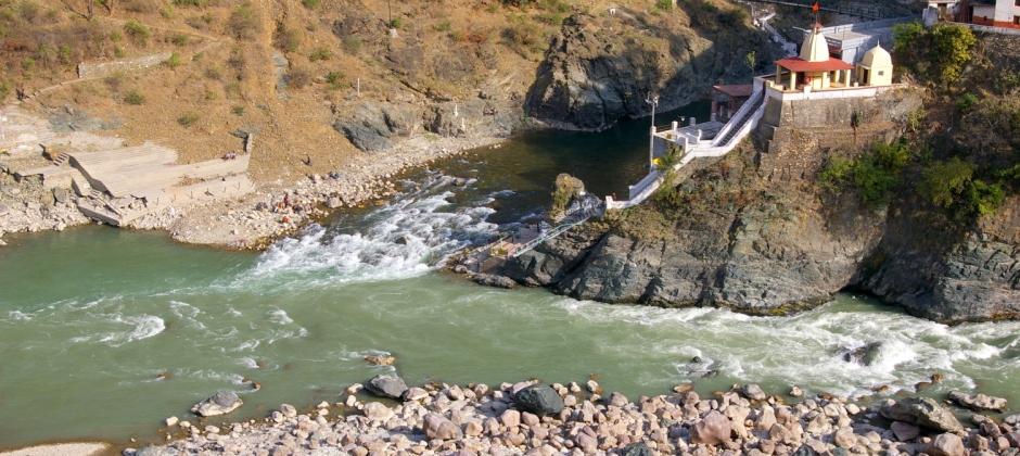 Badrinath – Joshimath (44kms/3hr) - Pipalkoti (85kms/4hr) - Rudraprayag (200kms/7-8hr)