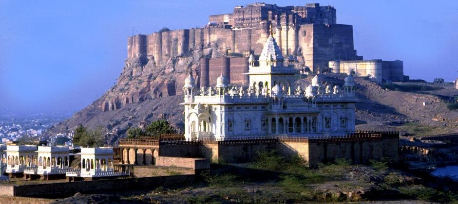 Jodhpur - Jaisalmer (305 Kms / 06 Hrs)