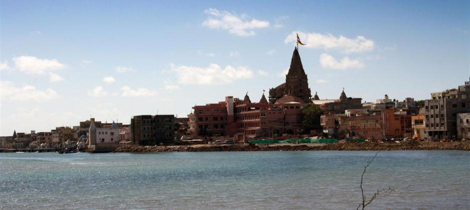 Somnath – Porbandar – Dwarka: Visit Dwarkadish Temple (240 Kms – 4 .5 Hrs)